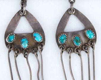 Vintage 1970s Southwestern Turquoise Dangle Earrings