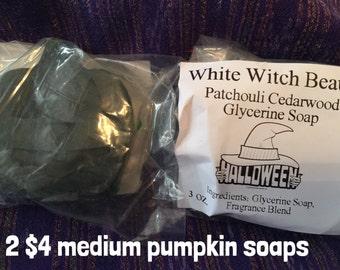 Medium Patchouli Cedarwood Pumpkins