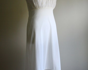 1960s Ivory Slip // Vintage Slip Dress // Bridal Slip