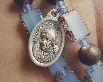 Mother Teresa Stormy Blue Splattered Set