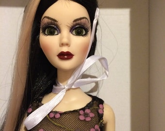 Evangeline Ghastly Tonner doll Dancing Moon ew and sold out !n