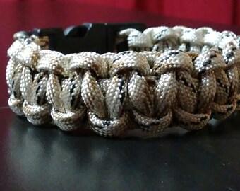 "10"" custom paracord bracelet"