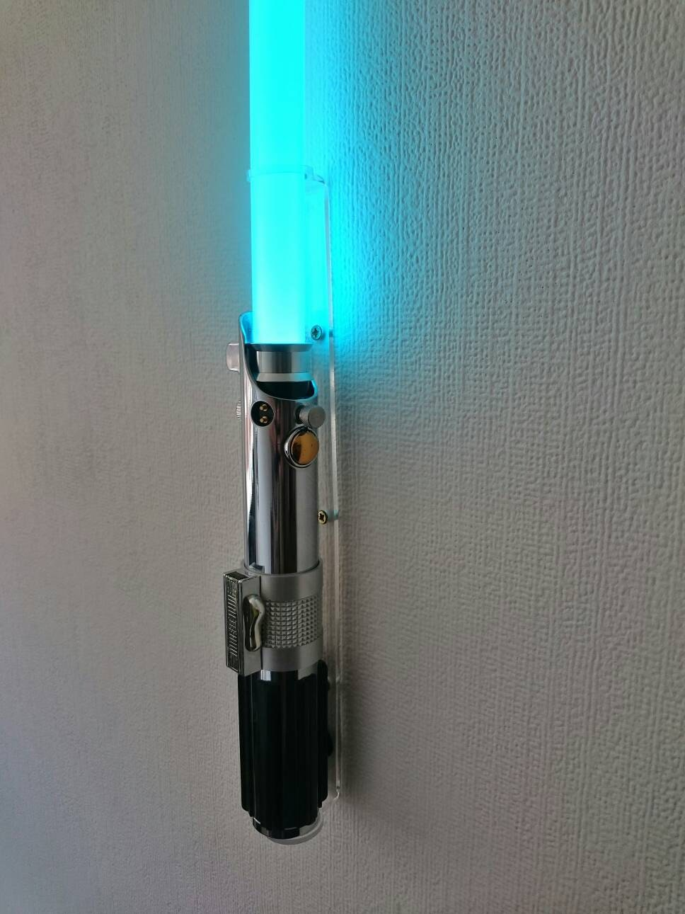 Wall Hung Lightsaber : Custom Lightsaber wall mount. minimalist V2 by DCSabers on Etsy