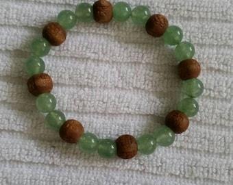 Jade and wood bead bracelet