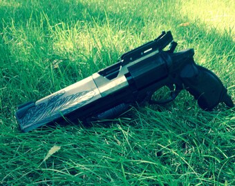 Hawkmoon Full Size Replica Cosplay Prop Revolver Hand Cannon Gun from Destiny Painted and Finished 16""