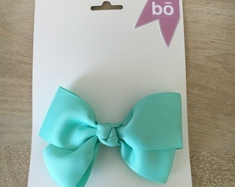 Love Me Knot Bow