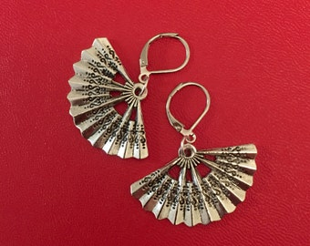 Silver Fan Earrings, Fan Earrings, Fan Jewelry
