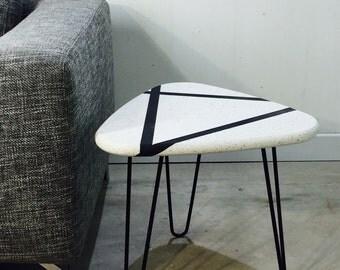 Table top quartz legs pinhead Mid Century style Hairpin legacy by workshop Bussière shop