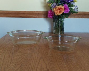 Two Vintage Pyrex Casserole Dishes With Tab Handles