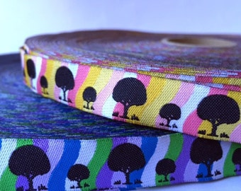 Groovy tree jacquard ribbon