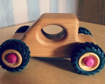 Wooden car mini TRUGGY natural pink axis