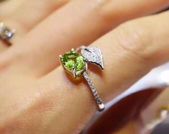 Natural Chrysolite GemStone Fashion Ring/ 橄欖石戒指