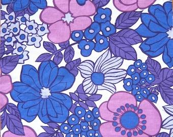 Vintage 60s 70s  Fabric Retro Fab Flower Power
