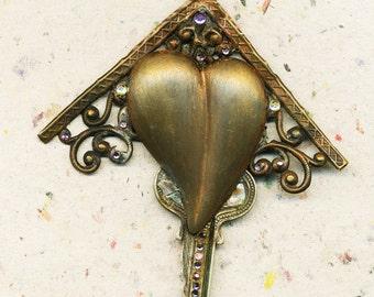 Unlock My Heart, heart pendant, love pendant, gift for her, love pendant, gift of love, love, pendant, heart and key, heart jewelry, vintage