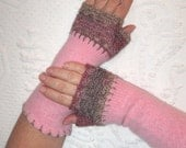pink fingerless gloves . pink wool arm warmers . Pink Felted gloves 302