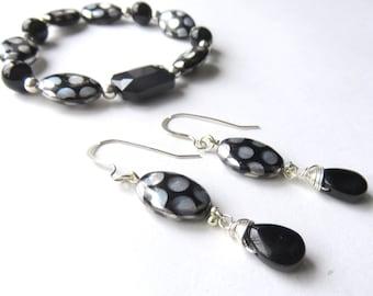 Black Dichroic Glass Jewelry Set, Matching Jewelry, Oval Beaded Stretch Bracelet, Czech Glass Teardrop Earrings