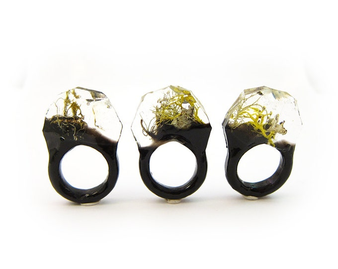 Lichen Moss Terrarium Resin Ring • Size 7 • Eco Resin Ring • Unusual Ring • Faceted Resin Terrarium Ring • Nature Resin Ring • 3G