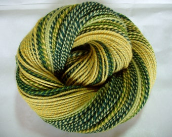 Handspun yarn, merino yarn, self striping yarn, worsted weight yarn, green, yellow, SONNENTAL, 4.2oz, 222yds