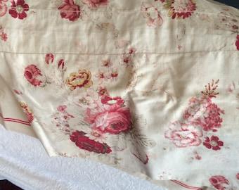Semi Vintage Waverly Fabric Valance