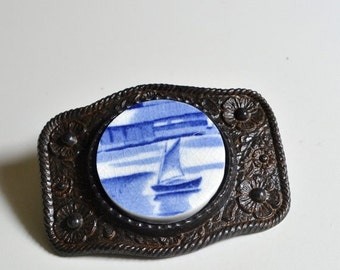 ETSYVERSARY SALE Simple Circle Recycled China Belt Buckle - Vintage Blue Sail Boat