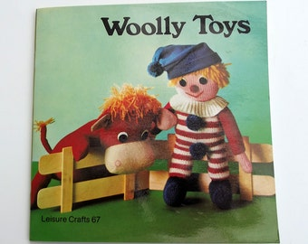 Woolly Toys - a Leisure Craft book - patterns for knitted, crocheted and sewn toys