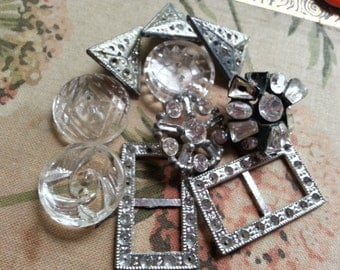 Shabby Rhinestones and Glass Buttons, Buckle, Vintage ... (lot no k.)