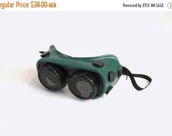 Vintage Gateway Welding Goggles, Green & Black Rubber Safety Glasses, Steampunk Eyewear, Dark Lenses