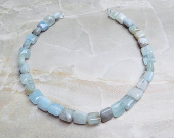 Aquamarine square pillow beads