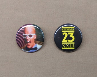 "Max Headroom NETWORK 23 Logo & Max in White Suit Buttons 1.25"" Cyberpunk TV SciFi Pin Badge"
