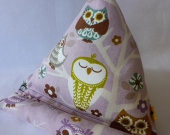 iPad / Kindle Lap Pillow Stand Bean Bag Stand : Purple Owl Love