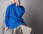 color guard royal blue turtleneck sweater / cable knit slouchy sweater / oversized sweater / m / 1395t
