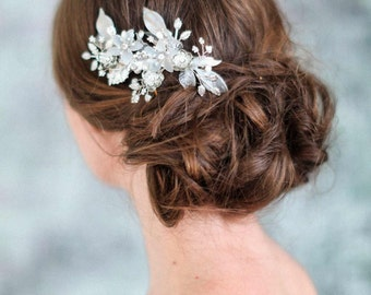 Bridal hair comb -Frosted floral jewels comb - Style 724 - Made to Order