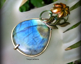 Labradorite Pendant Necklace Follow The Sun
