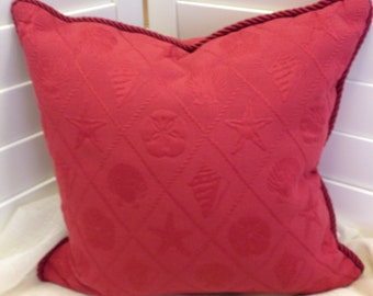 "Pillow Cover 18"" Red sea shell matelasse pattern"