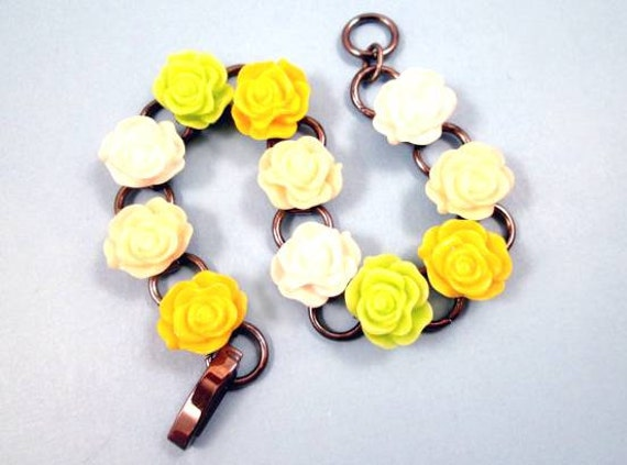 Flower bracelet friendship rose color mix cabochon by for What color is the friendship rose