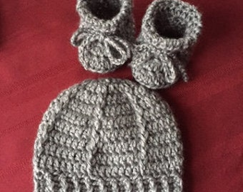 Newborn Baby Hat and Booties, grey, gray,