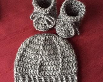 Newborn Baby Hat and Booties, grey, gray,