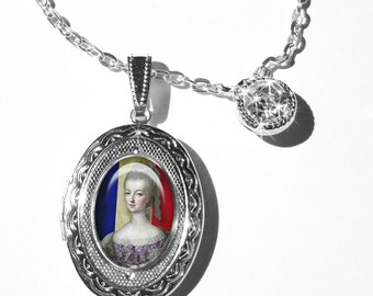 Marie Antoinette locket, personalized lockets... gift box, Ready To Ship,pendants,Marie Antoinette jewelry, personalize the interior