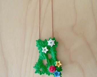 PLAYMOBIL® - Plant & flowers necklace - BUILD COLLECTION
