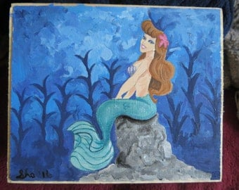 Mermaid Keepsake Box Hand Painted Measures 6 x 5 x 3 inches tall inches by Shannon Ivins Pigatopia