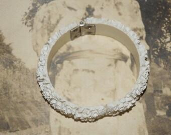 Vintage carved plastic white floral Celluloid clamper  bangle