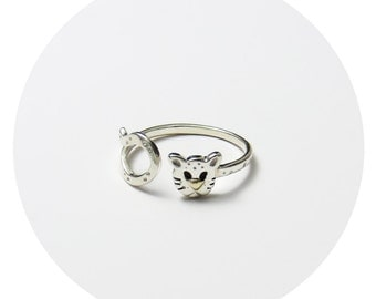 Big Cat - Wild Cat Ring / Gold & Sterling Silver Mixed Metal Wild Cat Ring Handcrafted by Ginny Reynders in Sydney, Australia
