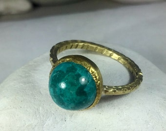 Chrysocolla 18 kt gold Stacking ring  ,  Solid 18 kt yellow gold solitaire Statement ring,  Gemstone ans solid 18 kt Gold Ring