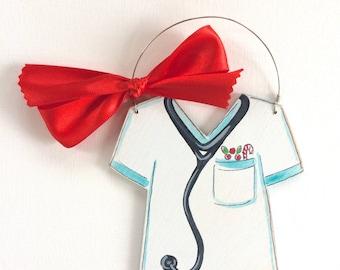Nurse Ornament - Doctor Ornament - Medical Ornament - Personalized Ornament - Scrubs Ornament - Painted ornament - Wood - nurse gift