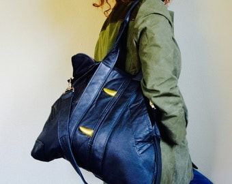 Collector///XL Oxford Traveler Tote In Vintage Black Leather Jacket with Adjustable Messenger Strap