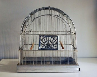 1930s Crown Birdcage, Art Deco Bird Cage, Vintage Birdcage, Rustic Home Decor, Cottage Chic Decor, Wedding Garden Ornament, Silver Wire