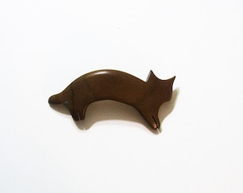 Cat Hair Clip Made Of Walnut Wood