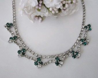 Vintage Rhinestone Necklace emerald green