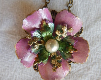 Pink Flower Necklace with Pearl Center