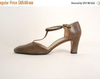 ON SALE Vintage T-Strap Ferragamos - Light Taupe Brown 1970s Salvatore Ferragamo Heels
